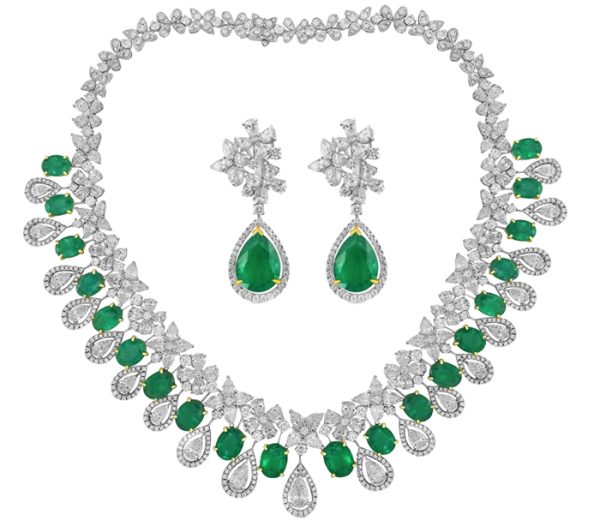 White gold Earrings and Necklace set with Diamonds and Emeralds - 114.03 ct